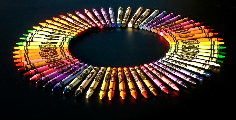 circle-crayons2-980x500